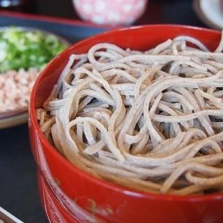 神代そば - 料理写真:割子そば 930円