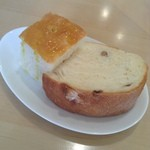 ラ・カマルティーナ - 2種のパン フォカッチャおいしかった