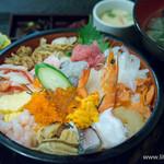 魚啓 - 料理写真:海鮮丼【2015年9月】