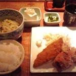 42319366 - 唐揚ちゃんこ鍋定食 900円(税込)(2015年9月14日撮影)