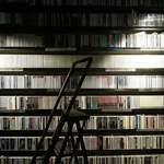 JAZZ茶房 靑猫 - 内観写真:3000枚のCD