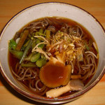 徳澤園 - 前回食べた山菜蕎麦。出汁に個性が有り、なかなか美味い。