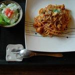 菜はな - とりとわらびのトマトパスタ