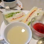 喫茶室ルノアール - モーニングセット