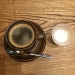 ヒキダシ カフェ - 珈琲・450円