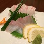 さかえや - 石鯛 1000円 水炊など鶏肉を売りにした店だが魚がうまいという。