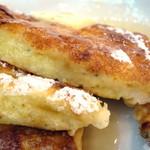 42379364 - ブルーチーズパンケーキ≪メープル≫(生地の断面)