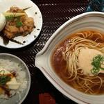 新宿御苑らーめん桜花 - 御膳(並盛)1,100円
