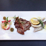 アクイラ・ウォランス - 前菜3種プレート