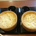丸亀製麺 - 釜揚げうどん(特盛X2) 朝食を抜いて備えました(笑)