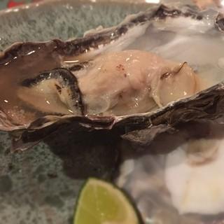 かんだ光壽 - 厚岸産焼牡蠣