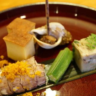 日本料理たかむら - 料理写真:先付:しゃことからすみ、おくら、螺貝、玉子焼きなど