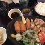 42612866 - カキフライ・鶏唐揚げ御膳(¥850)