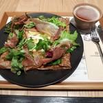 ブレッツカフェ - カマンベール(1380円)