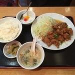 魯園菜館 - 若鶏肉の唐揚げ特製ソースかけランチ¥750( '15.10)