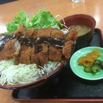 道の駅 針テラス ノースリリィ フードコート - 新しい名物ヤマトポーク使用の味噌カツ丼!