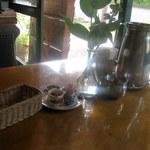 レストラン ディディ - テーブルセット