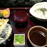 与太呂 - ビジネスランチ。天丼と蕎麦。上質です。1000円
