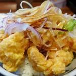 丸亀製麺 - タレのかかった鶏天丼