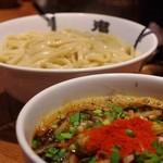 カラシビつけ麺 鬼金棒 - カラシビつけ麺