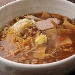 タンメン でこ - サンマー麺(もやしそば)・醤油風味の茸あんかけスープにしゃっきり炒めもやし