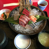 まるふく - 料理写真:刺身盛り合わせ 980円