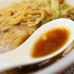 旭川ラーメン天山 - スープ