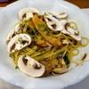 Pasta+CafeDining Sonora - 料理写真:秋鮭とキノコ三昧のペペロンチーノ