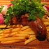 炭火焼ソーセージ酒場Salumeria - 料理写真:パリンパリンに焼きあがったソーセージ
