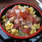 海女の小屋 海上亭 - てこね丼¥1550