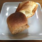 IMURI Cafe - ランチのパン。