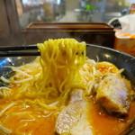 らーめん本郷亭 - 麺リフト