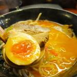 らーめん本郷亭 - 煮玉子&チャーシュー