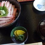 おけしょう鮮魚の海中苑 - 料理写真:(2015/09/26)カニ丼