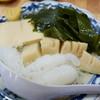 舟よし - 料理写真:まずは白滝、タケノコ、わかめ、高野豆腐。