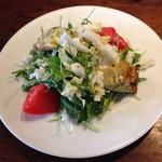 カルネヴィーノ - ルッコラと白菜のサラダ