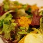 たまな食堂 Natural-shift Kitchen - 添えられたサラダ