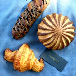 ル・ルソール - 料理写真:アールグレイショコラ、クロワッサン、ブリエ
