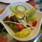 グロヴナーカフェ - セットのサラダ