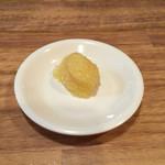 元祖 タンメン屋 - ニンニク 別皿で提供