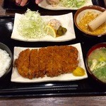 万年 - ロース定食900円