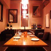 大小3つの完全個室&30名様から貸切可能なテーブル席