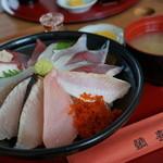 鯛喜 - 海鮮丼 1200円