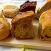 オンザディッシュ - 料理写真:ディンケルカンパーニュ  lunch Berry muffin  chocolat orange 2種のレーズン食パン marron  黒糖胡桃カンパーニュ