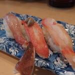 回転寿司函館まるかつ水産 - かに三好(ずわい・タラバ・生ズワイ)870円