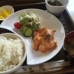 カフェ・ラルーン・ド・エスト - 料理写真:日替りランチ(¥600)