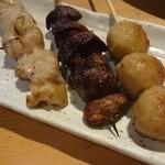 チャイ九炉 - 鶏モモ/鶏きも/つくね(しお)