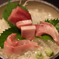日本全国から水揚げされた鮮魚が自慢『お刺身の盛り合わせ』