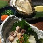 魚バカ一代 - タコ酢と岩ガキ