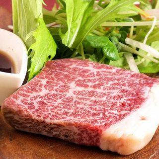豪快!!溶岩ステーキ!?肉専門店の系列ならでは☆